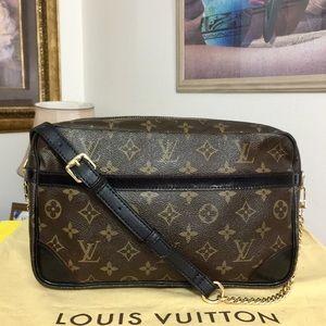 Louis Vuitton Compiegne 28 Clutch/Crossbody Bag 💼
